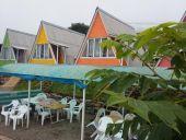 Домик с треугольной крышей